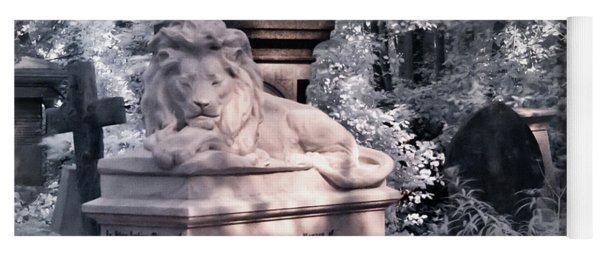 Sleeping Lion Yoga Mat
