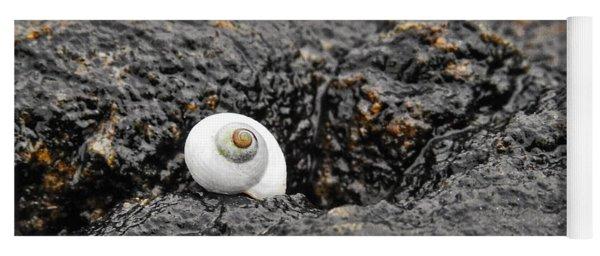 Lone Seashell Yoga Mat