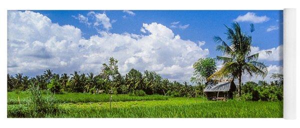 Lonely Rice Hut Yoga Mat