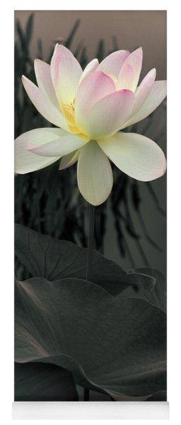 Lotus Aglow Yoga Mat