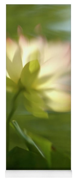 Lotus Reflection Yoga Mat