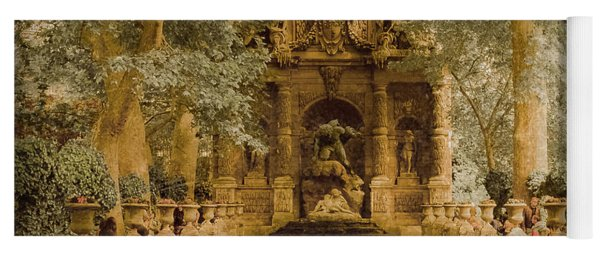 Paris, France - Medici Fountain Oldstyle Yoga Mat
