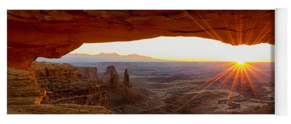 Mesa Arch Sunrise - Canyonlands National Park - Moab Utah Yoga Mat