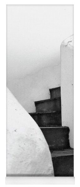 Minimal Staircase Yoga Mat