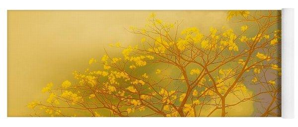 Misty Yellow Hue -poui Yoga Mat