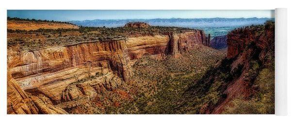 Monument Canyon And Saddlehorn Yoga Mat