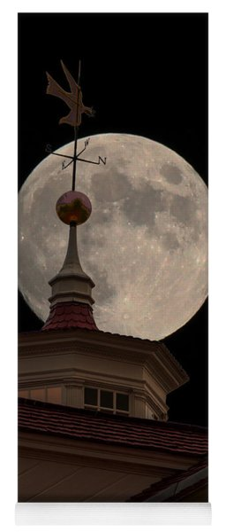 Moon Over Mount Vernon Yoga Mat
