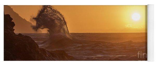 Napali Coast Kauai Hawaii Wave Explosion Iv Yoga Mat