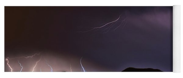Night Lightning Yoga Mat