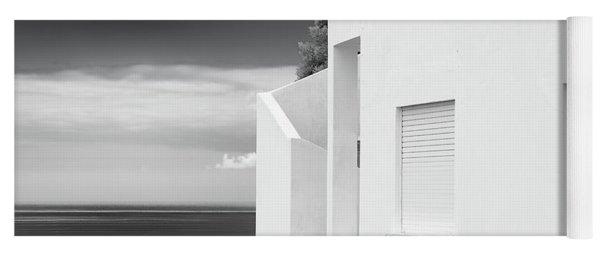 Ocean View White House Yoga Mat