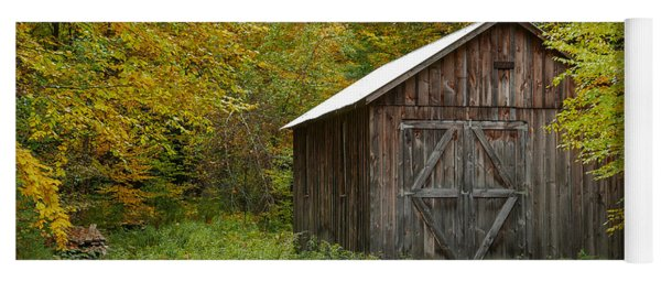Old Barn New England Yoga Mat
