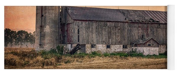 Old Country Barn Yoga Mat