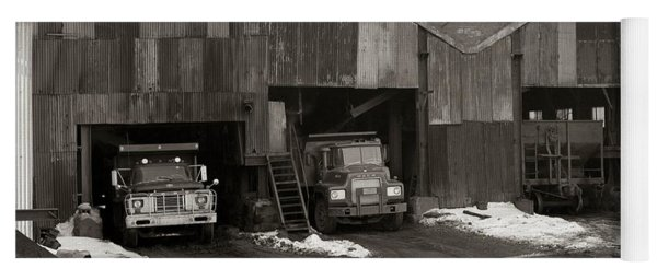 Olyphant Pa Coal Breaker Loading Trucks And Gondola Car Winter 1971 Yoga Mat