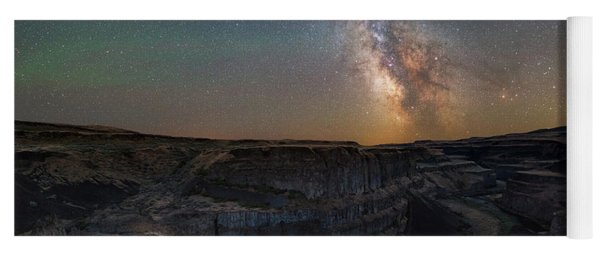 Palouse Falls Night Lights  Yoga Mat
