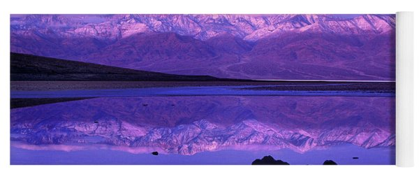 Panorama Badwater And The Panamint Range At Sunrise Death Valley Yoga Mat