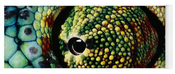 Panther Chameleon Eye Yoga Mat