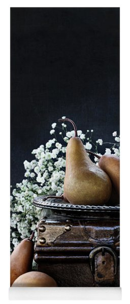 Pears And Baby's Breath Yoga Mat