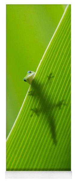 Peek A Boo Gecko Yoga Mat