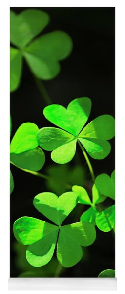 Perfect Green Shamrock Clovers Yoga Mat