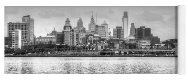 Philadelphia Skyline In Black And White Yoga Mat