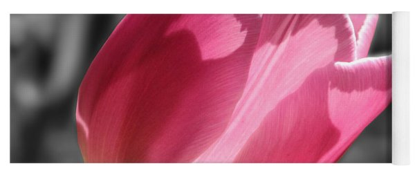 Pink Tulip On Black And White Yoga Mat