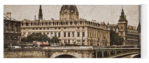 Paris, France - Pont Notre Dame Oldstyle Yoga Mat