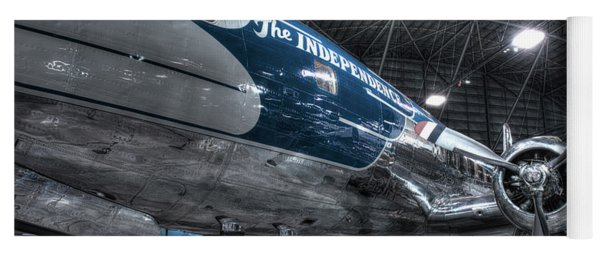 Presidential Aircraft - Douglas Vc-118 The Independence  Yoga Mat