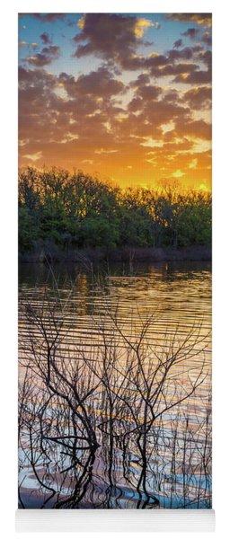 Quanah Parker Lake Sunrise Yoga Mat
