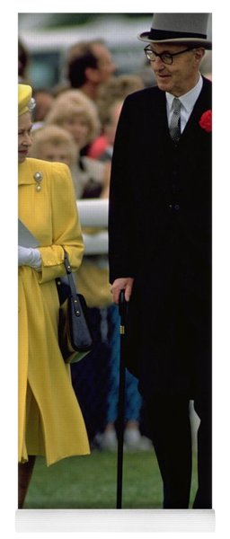 Queen Elizabeth Inspects The Horses Yoga Mat