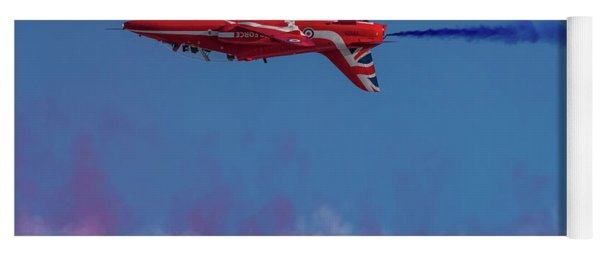 Yoga Mat featuring the photograph Red Arrows Hawk Inverted  by Gary Eason