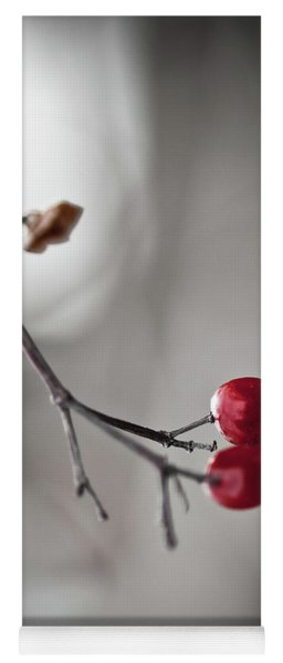 Red Berries Yoga Mat