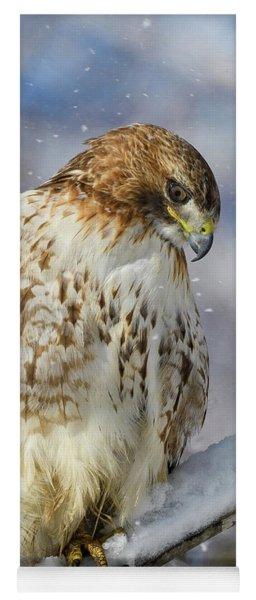 Red Tailed Hawk, Glamour Pose Yoga Mat