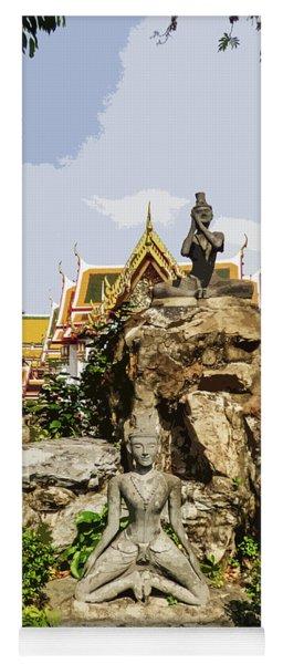 Reusi Dat Ton Statues At Wat Pho Yoga Mat
