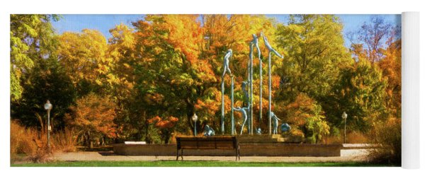 Riverside Park Fountain Yoga Mat