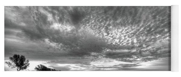 Sanibel Island Sunrise In Black And White Yoga Mat