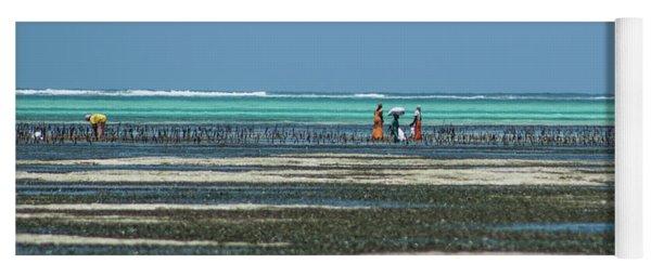 Seaweed Colectors Yoga Mat