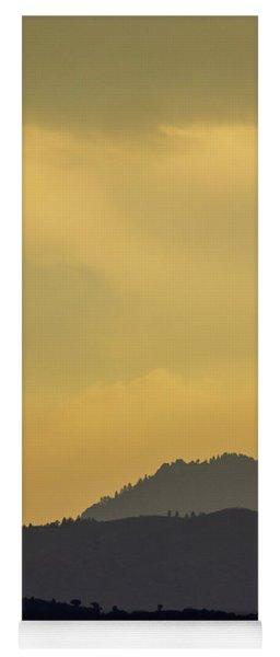 Silhouettes Yoga Mat