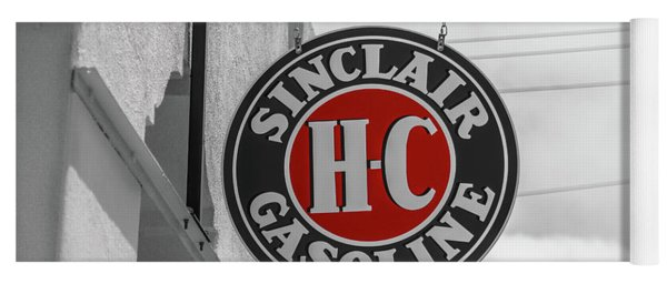 Sinclair Gasoline Round Sign In Selective Color Yoga Mat