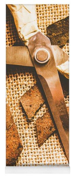 Slicing Of Segmented Leaves Yoga Mat
