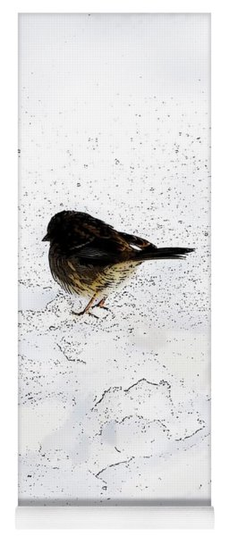 Small Bird On Snow Yoga Mat