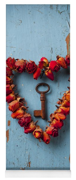 Small Rose Heart Wreath With Key Yoga Mat