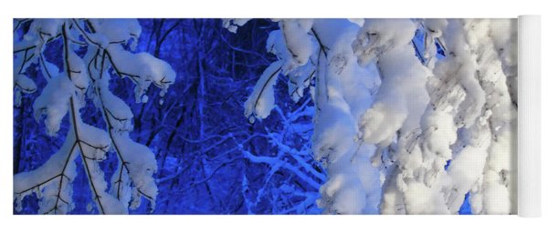 Snowy Blue Morning Yoga Mat