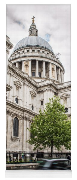 St Pauls Cathedral With Black Taxi Yoga Mat