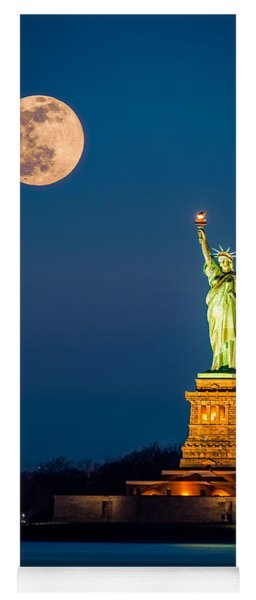 Statue Of Liberty And A Rising Supermoon In New York City Yoga Mat