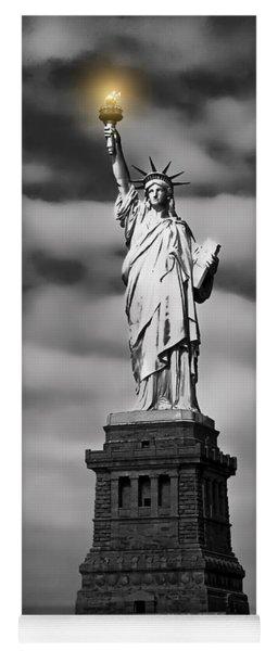 Statue Of Liberty At Dusk Yoga Mat