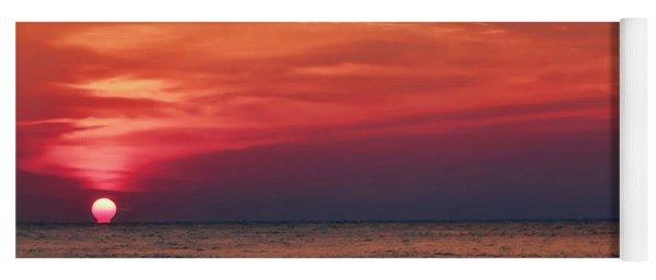 Sunrise Over The Horizon On Myrtle Beach Yoga Mat