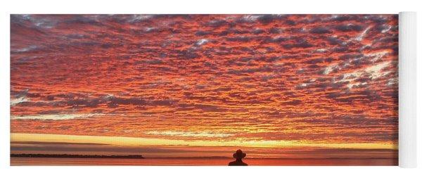 Sunrise Silhouette Yoga Mat