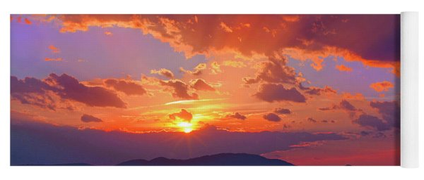Sunset Rays At Smith Mountain Lake Yoga Mat