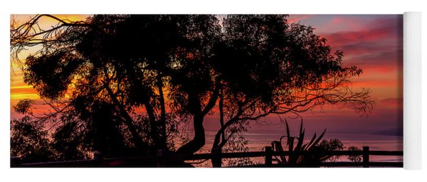 Sunset Silhouettes From Palisades Park Yoga Mat