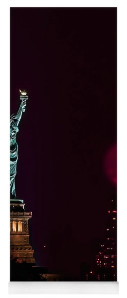 Super Moon Rising And The Statue Of Liberty Yoga Mat